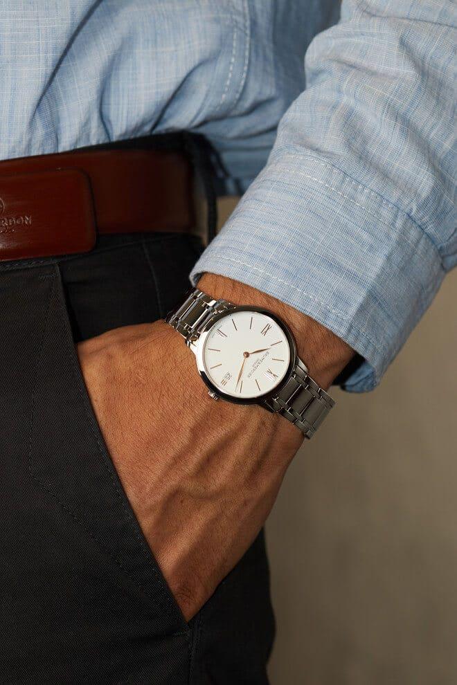 Armbanduhr Baume & Mercier Classima Lady Quarz 36,5mm mit weißem Zifferblatt und Edelstahlarmband