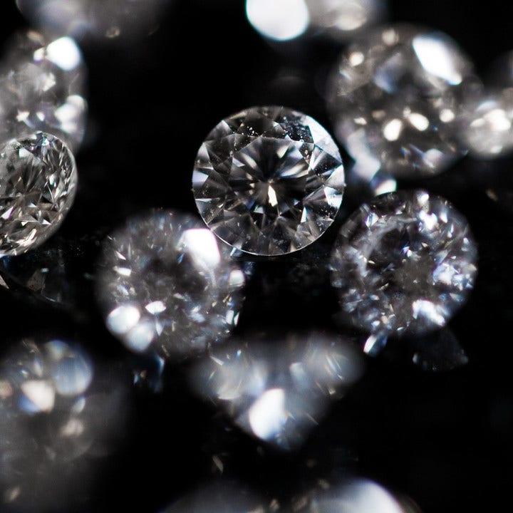 Bewertungen von Diamanten - Brogle