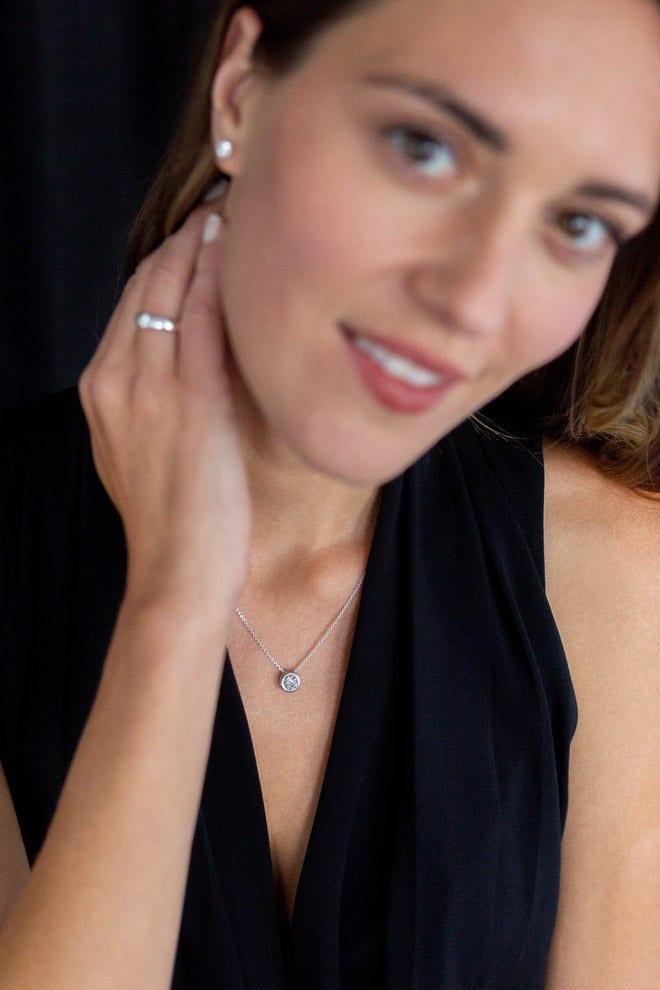 Halskette mit Anhänger Brogle Selection Promise aus 750 Weißgold mit 1 Brillant (0,1 Karat) bei Brogle