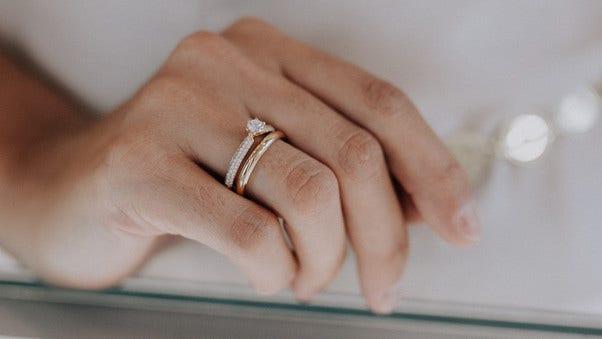 Capolavoro Diamante in Amore Ringe am Finger
