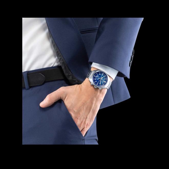 Herrenuhr Citizen Basic Quarz Chronograph 41mm mit blauem Zifferblatt und Edelstahlarmband bei Brogle