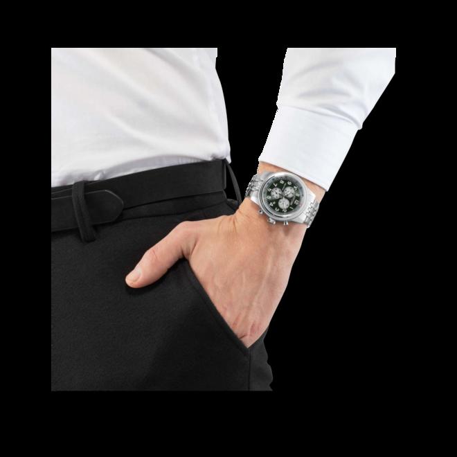 Herrenuhr Citizen Basic Quarz Chronograph 43mm mit grünem Zifferblatt und Edelstahlarmband bei Brogle