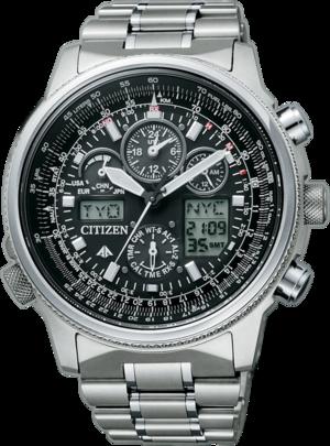 Herrenuhr Citizen Promaster Sky mit schwarzem Zifferblatt und Titanarmband