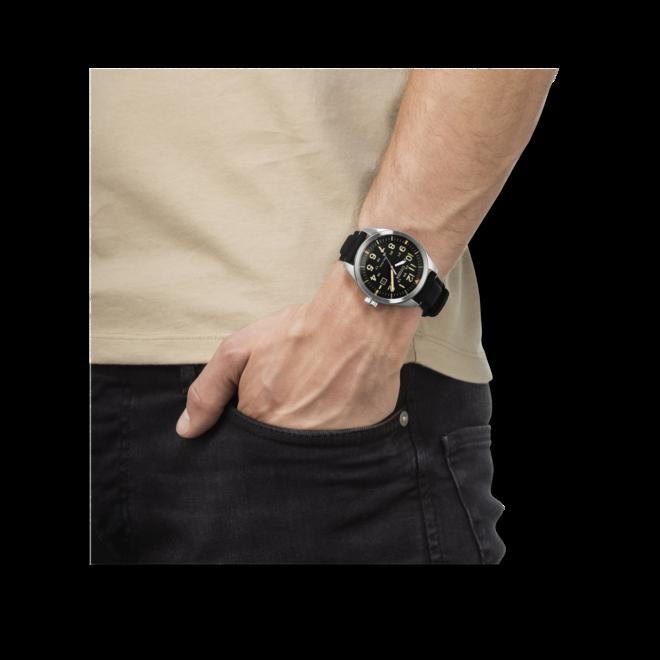 Herrenuhr Citizen Sport Quarz 42,6mm mit schwarzem Zifferblatt und Textilarmband bei Brogle