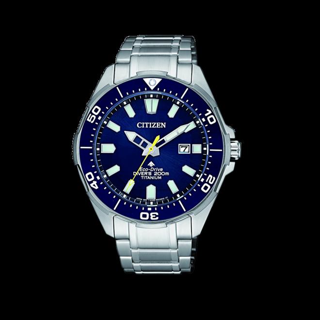 Herrenuhr Citizen Super Titanium Quarz 44mm mit blauem Zifferblatt und Titanarmband bei Brogle
