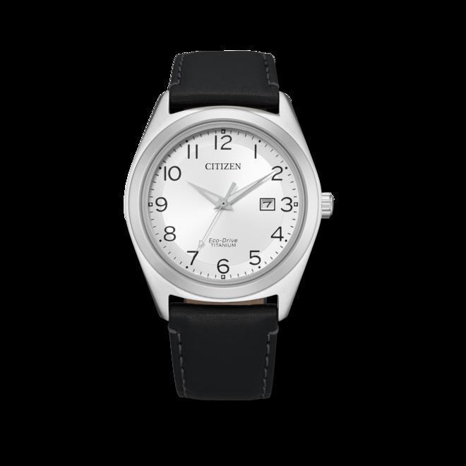 Herrenuhr Citizen Super Titanium Solar 41,5mm mit weißem Zifferblatt und Kalbsleder-Armband bei Brogle