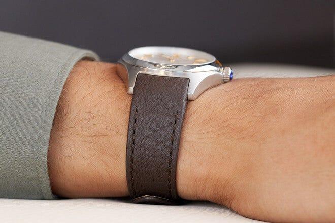 Herrenuhr Ebel Wave Gent Automatik mit silberfarbenem Zifferblatt und Kalbsleder-Armband
