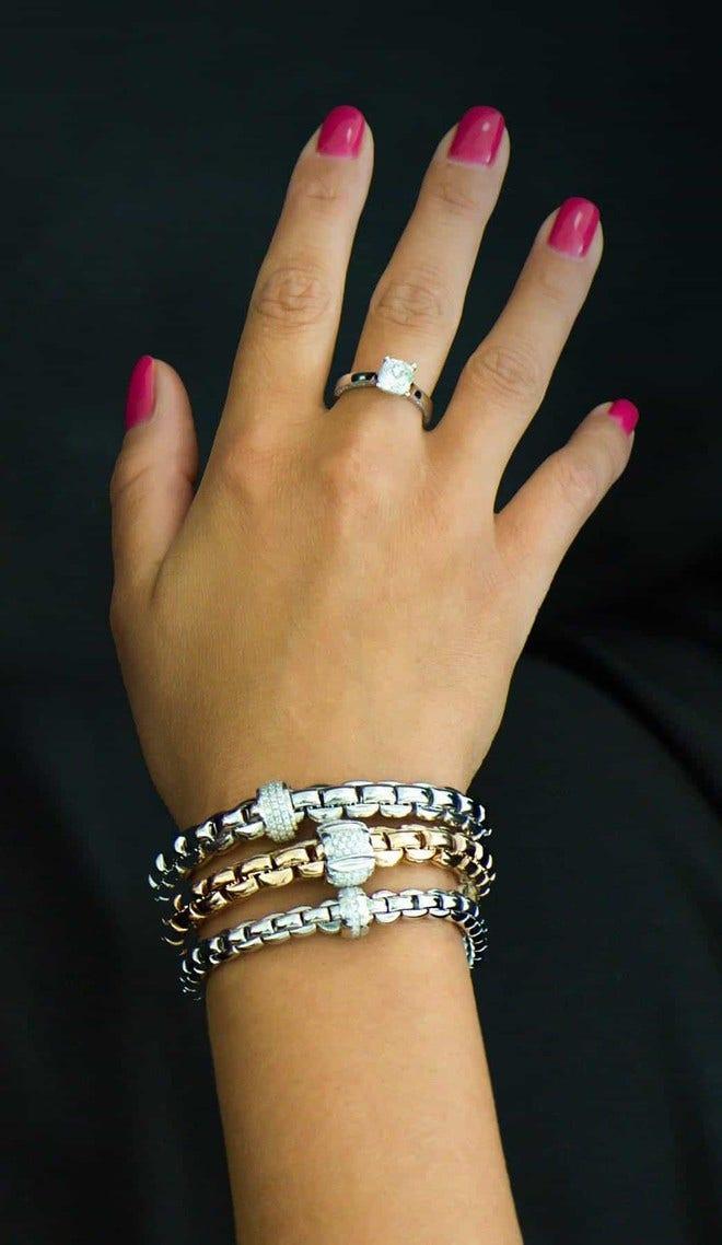 Armband Fope Flex'it Eka aus 750 Weißgold mit mehreren Brillanten (0,18 Karat) Größe L bei Brogle