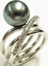 Ring Gellner Wave aus 750 Weißgold mit Tahiti-Perle und 70 Brillanten (0,42 Karat)