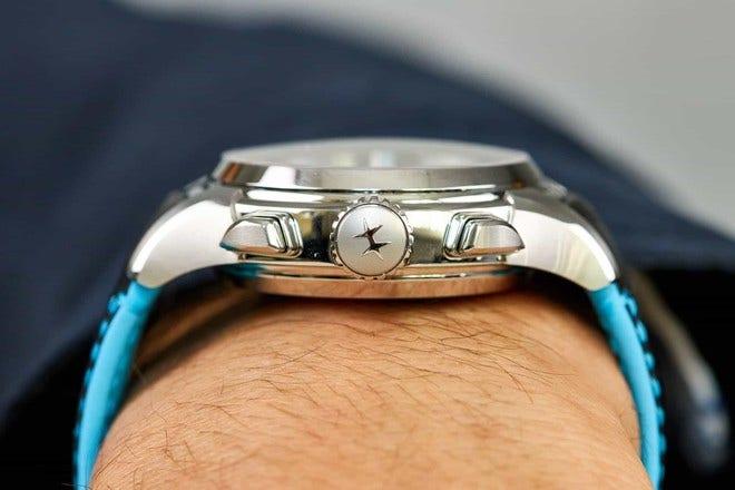 Herrenuhr Hamilton Jazzmaster Face 2 Face II mit silberfarbenem Zifferblatt und Kalbsleder-Armband bei Brogle