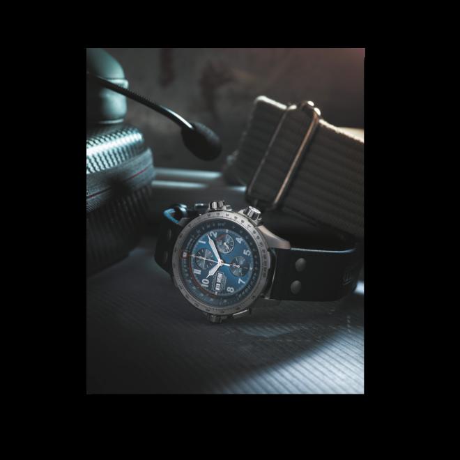 Herrenuhr Hamilton Khaki Aviation X-Wind Auto Chrono 45mm mit blauem Zifferblatt und Textilarmband bei Brogle