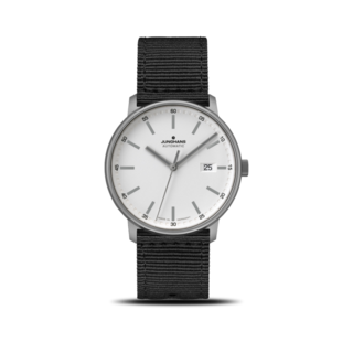 Junghans Herrenuhr Form A Titan 40mm 027/2000.00