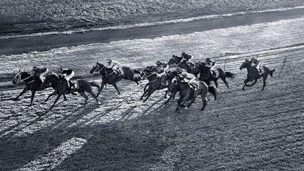 Longines und Pferderennen