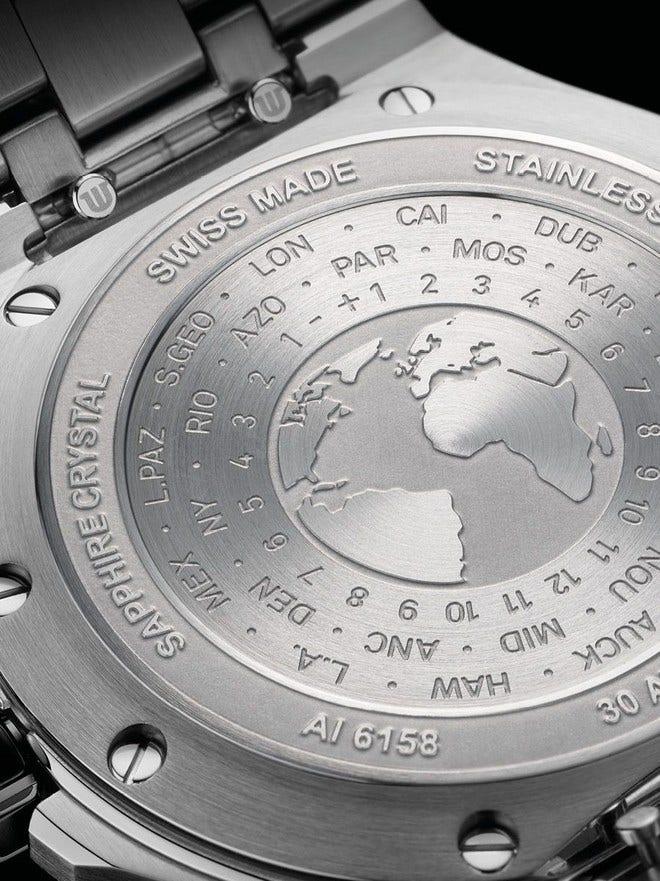 Herrenuhr Maurice Lacroix Aikon Venturer GMT 43mm mit schwarzem Zifferblatt und Edelstahlarmband bei Brogle