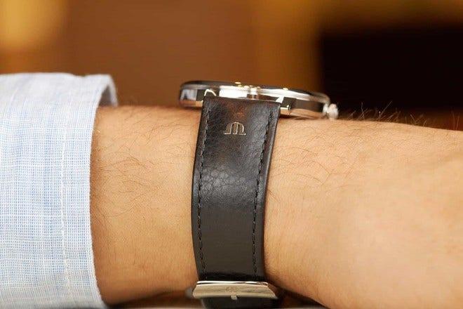 Herrenuhr Maurice Lacroix Eliros Date mit schwarzem Zifferblatt und Kalbsleder-Armband bei Brogle