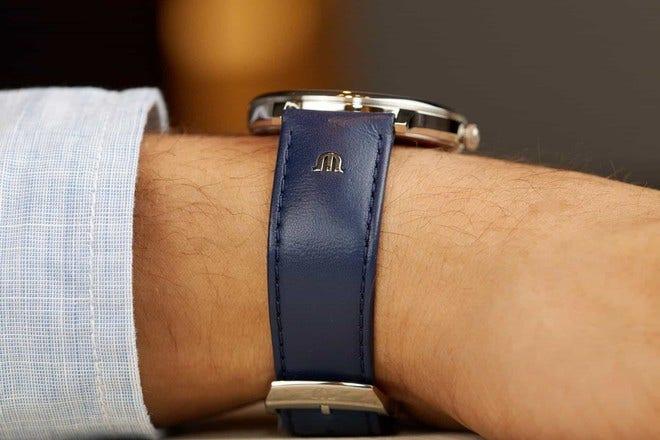 Herrenuhr Maurice Lacroix Eliros Date mit blauem Zifferblatt und Kalbsleder-Armband bei Brogle