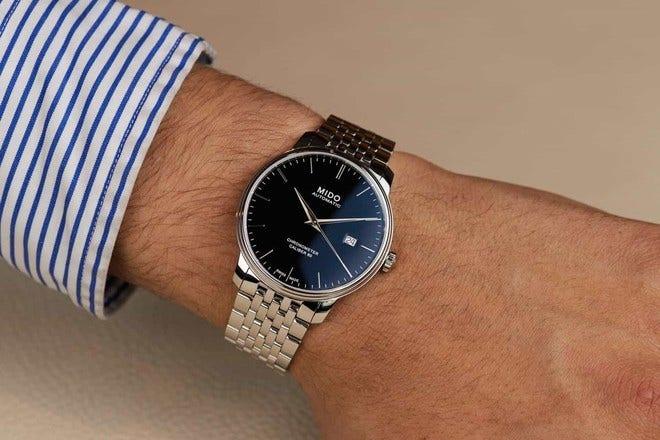 Herrenuhr Mido Baroncelli III Chronometer 80 Gent mit schwarzem Zifferblatt und Edelstahlarmband bei Brogle