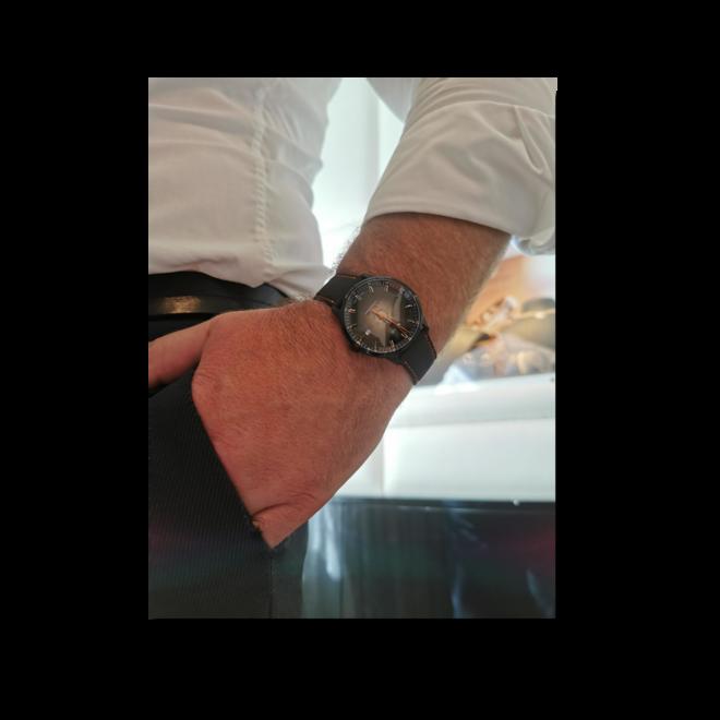 Herrenuhr Mido Commander Gradient mit schwarzem Zifferblatt und Textilarmband bei Brogle