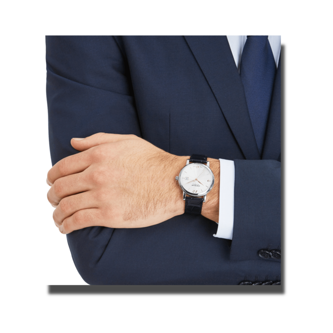 Herrenuhr Montblanc Star Classique Date Automatic mit weißem Zifferblatt und Alligatorenleder-Armband bei Brogle
