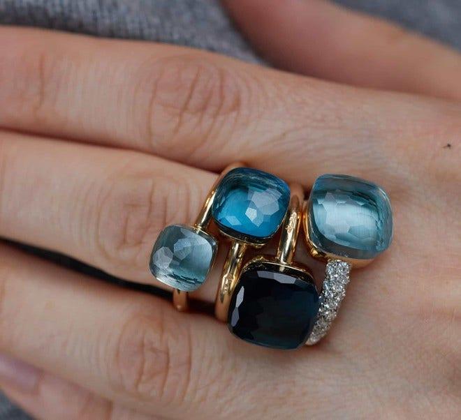 Ring Pomellato Nudo Petit Blautopas aus 750 Roségold und 750 Weißgold mit 1 Blautopas bei Brogle