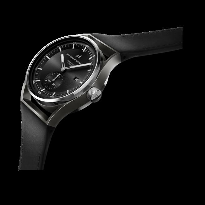 Herrenuhr Porsche Design Sport Chrono Subsecond 39mm mit schwarzem Zifferblatt und Kalbsleder-Armband bei Brogle