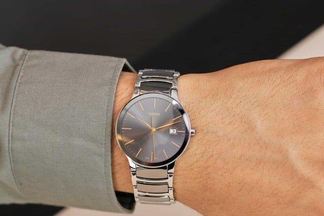 Armbanduhr Rado Centrix L Quarz mit grauem Zifferblatt und Edelstahlarmband bei Brogle