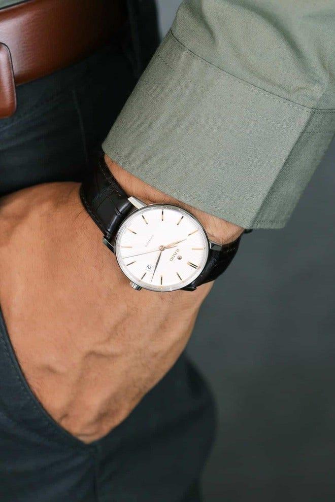Herrenuhr Rado Coupole Classic L Automatik mit weißem Zifferblatt und Armband aus Kalbsleder mit Krokodilprägung bei Brogle