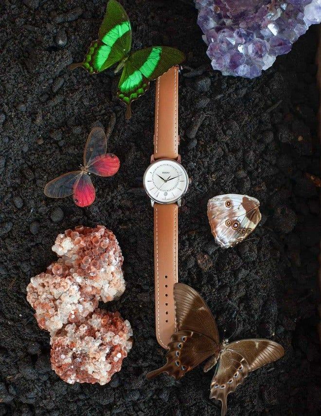 Damenuhr Rado DiaMaster Diamonds M Quarz mit Diamanten, perlmuttfarbenem Zifferblatt und Kalbsleder-Armband bei Brogle