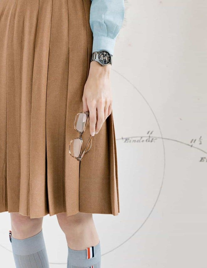 Armbanduhr Rado True L Open Heart mit schwarzem Zifferblatt und Plasma-Keramikarmband bei Brogle