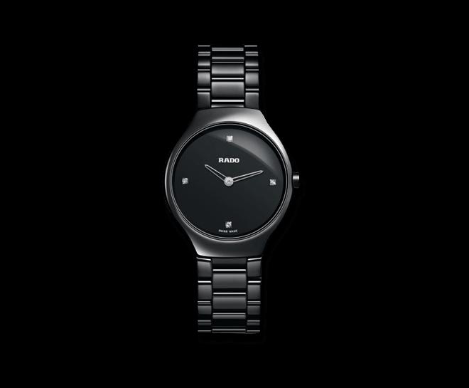 Armbanduhr Rado True Thinline Jubilé S Quartz mit Diamanten, schwarzem Zifferblatt und Keramikarmband