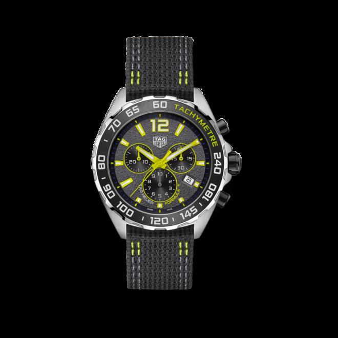 Herrenuhr TAG Heuer Formula 1 Quartz Chronograph 43mm mit grauem Zifferblatt und Nylonarmband bei Brogle