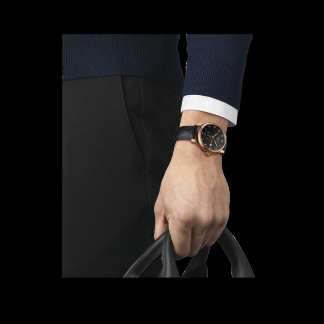 Herrenuhr Tissot Le Locle Automatic Petite Seconde mit schwarzem Zifferblatt und Rindsleder-Armband bei Brogle