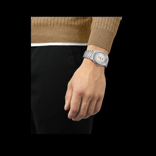 Herrenuhr Tissot PRX 40 205 Quarz mit silberfarbenem Zifferblatt und Edelstahlarmband bei Brogle