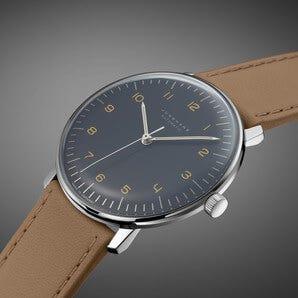 Plexiglas bei Uhren