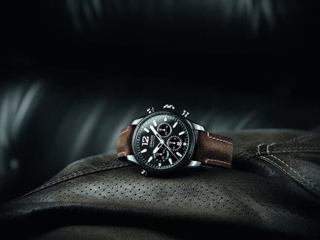 Herrenuhr Union Glashütte Belisar Chronograph Sport mit schwarzem Zifferblatt und Kalbsleder-Armband bei Brogle