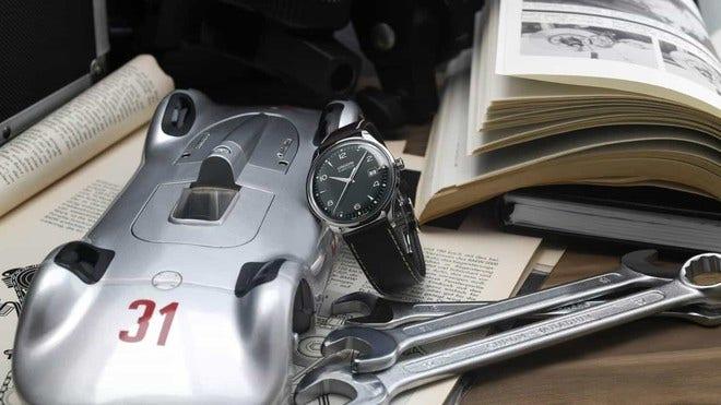 Herrenuhr Union Glashütte Noramis Datum 40mm mit grünem Zifferblatt und Pferdeleder-Armband bei Brogle