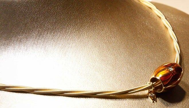 Collier Wellendorff Zarte Silky aus 750 Gelbgold mit 1 Brillant (0,017 Karat) bei Brogle
