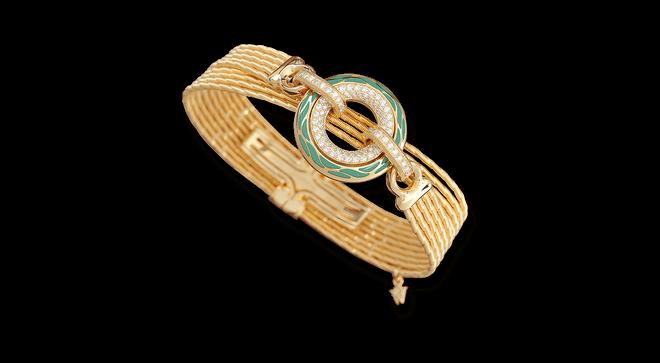 Armband mit Anhänger Wellendorff Wahres Glück Aqua aus 750 Gelbgold und Wellendorff-Kaltemaille mit mehreren Brillanten (0,85 Karat) bei Brogle